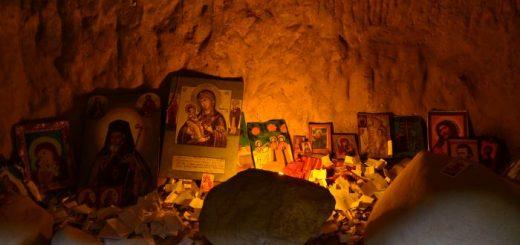 manastirea-rupestra-sinca-veche-13